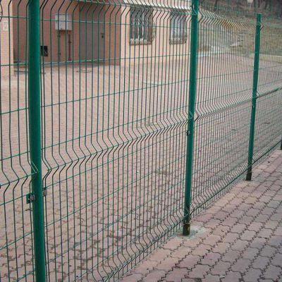 景区隔离网 美观浸塑铁丝网 四平市方孔铁丝网围栏