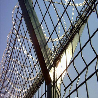 监狱防护网 飞机场安全护栏 绿化建筑浸塑围栏