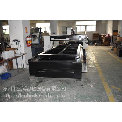 深圳1325广告雕刻机多少钱一台? 平湖激光雕刻机厂家直销
