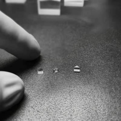 宏升光电 微棱镜 micro prism array 小尺寸棱镜加工厂家