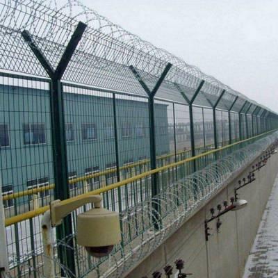 友谊县室内隔离栅-土地围栏网-围地铁丝网