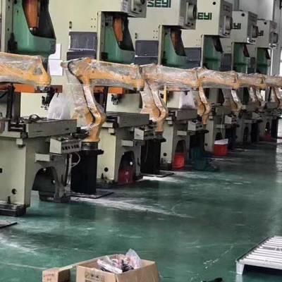 焊接机器人厂家-博裕机器人厂家-焊接机器人