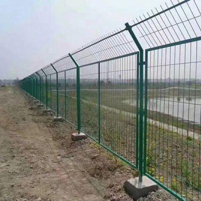 边框护栏网 铁路框架护栏网 铁丝网围栏 高速公路护栏网 冠耀生产厂家