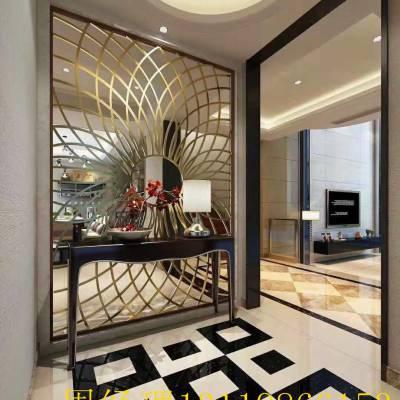 上海中式餐厅利用铜屏风隔断空间化
