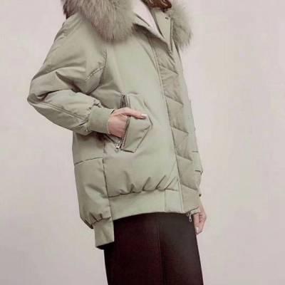 珠海广州尾货市场 羽绒服折扣店 牛仔短外套 四季青服装批发市场