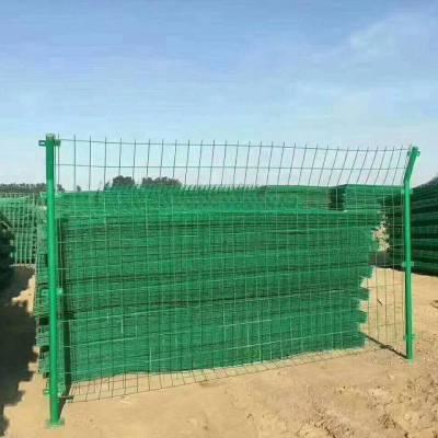 伊春 家庭围墙护栏 单弯头锌钢护栏 生产厂家