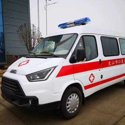福特全顺急救车柴油2.2T排量救护车多少钱