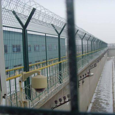 场地围栏网 涂塑铁丝隔离栅 南通铁丝围栏网厂
