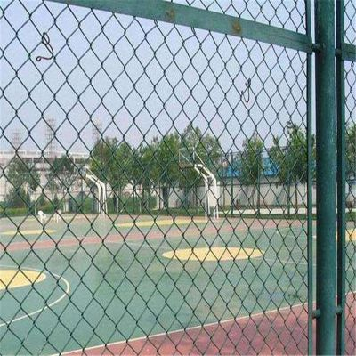 菱形勾花网 养殖围栏网 体育场围墙