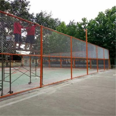 包塑勾花网围栏网 50mm钢丝网围墙兴来 勾花网的重量计算