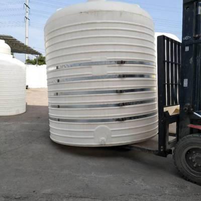 供应10吨大型塑料水罐厂家
