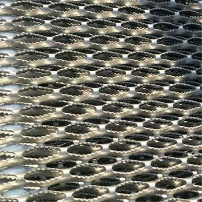 镀锌板鳄鱼嘴防滑板 鳄鱼嘴脚踏板 鳄鱼嘴踩踏板 鳄鱼嘴防滑防水防护板 水池边防滑板