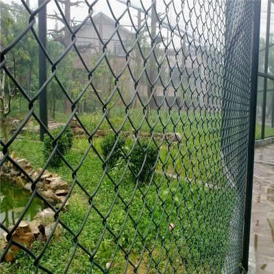 足球场铁丝网 球场勾花护栏网 篮球场围网厂家