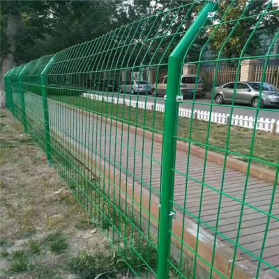 黄陂猪厂绿色铁丝围栏网 质量好的厂房隔离网防猪跑丢 哪里有卖的