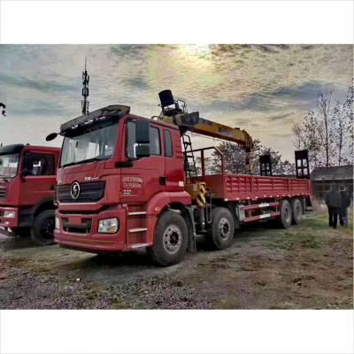 陕汽德龙4轴随车吊 装配12-14吨吊机