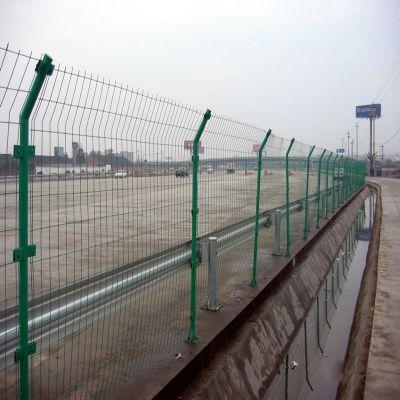 1.8*3米高速公路护栏网 绿色包含柱子防护网围栏