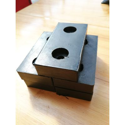 汽车橡胶减震块-迪杰橡胶厂家-汽车橡胶减震块生产商