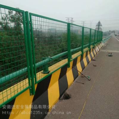 供应亳州市桃型柱护栏网 户外铁丝网围栏网 围墙场地防护网 园林隔离网价格