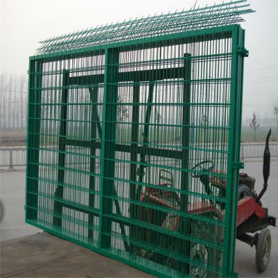 边框式防攀爬焊接片网 边框护栏网 道路防护网厂家