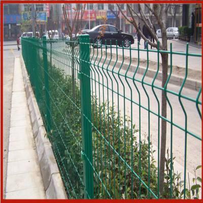 框架式护栏网价格 铁路护栏网外包 鸡网围栏网一卷有多长