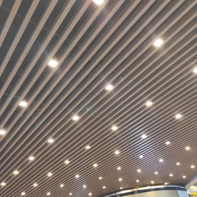 50X100木纹铝方通吊顶U型铝方通