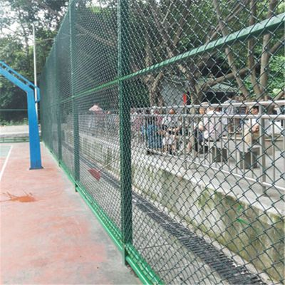 篮球场围栏 体育场所围网 热镀锌勾花网