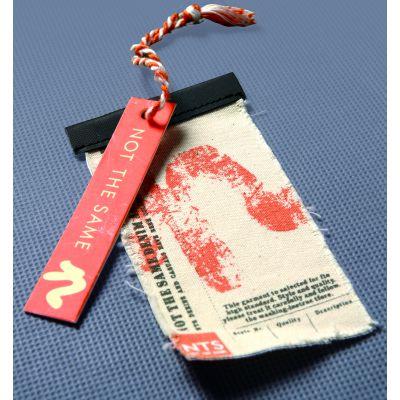 广州吊牌定做设计定制男女装童装商标挂牌彩卡服装吊牌内衣牛皮纸吊卡