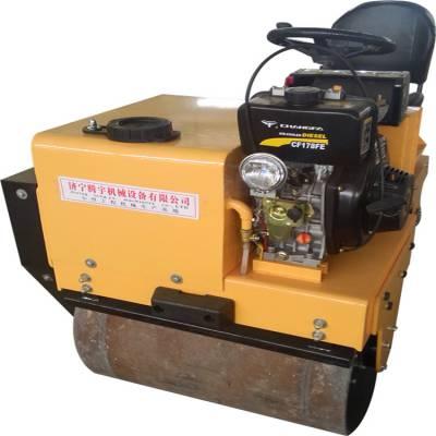 TY-850双钢轮座驾式振动压路机生产厂家在济宁超低价卖座驾驶压路机