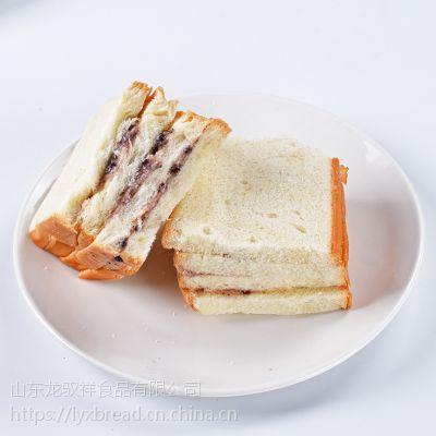 山东面包生产厂家 龙驭祥面包批发招区域代理商厂家直销面包批发
