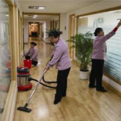 天河区沙东写字楼保洁员外包公司,专业清洁工上门打扫卫生