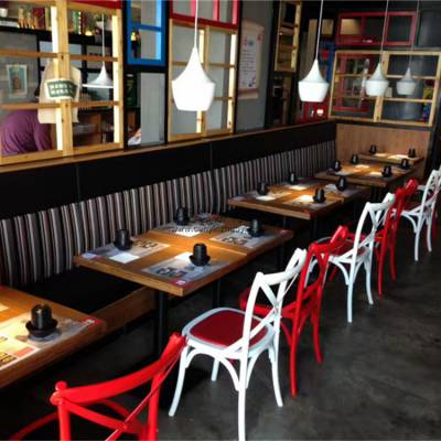 宁德铁艺工业风菜馆椅子,靠墙卡座沙发桌椅厂家直销