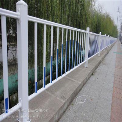 厂家生产市政护栏网 京式护栏 道路隔离栅