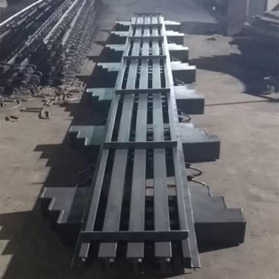 繁昌县【E240型多组式桥梁伸缩缝】分层焊接保证质量