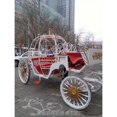 花车厂家定制-6米大型玻璃钢巡游花车出租-河北慈航模型制作厂