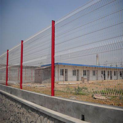 桃型柱护栏网 厂区外墙折弯护栏网 机场护栏网