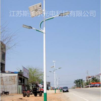 广西钦州6米太阳能路灯价格*厂家自主生产