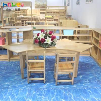 幼儿园桌椅厂家直销 山东厚朴幼儿园实木桌椅儿童四分之一圆桌组合
