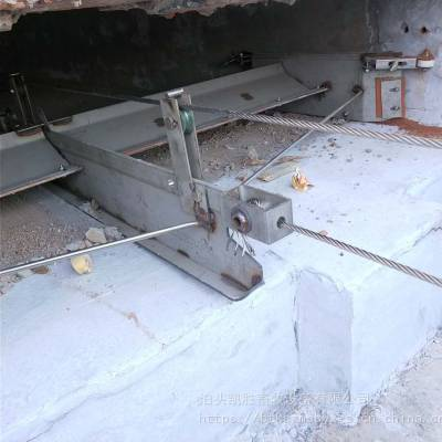 牛场猪场全自动刮粪机设备 自动养殖场清洁设备 V型清粪机