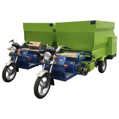 机械化养殖喂料车 大规模养牛场进行喂养用撒料车 提高养牛效率养殖喂料车