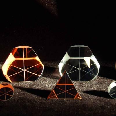 宏升光电 反射镜 屋脊棱镜 直角棱镜 棱镜基座 分光镜 异型棱镜 鲍威尔棱镜厂家