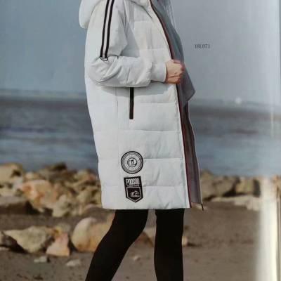 供应女装一线品牌杭州一布百布棉衣女装品牌折扣一手货源走份