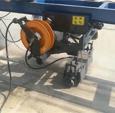 导轨马路刻纹机-赣州马路刻纹机-沃宇机械二次构造柱泵(查看)