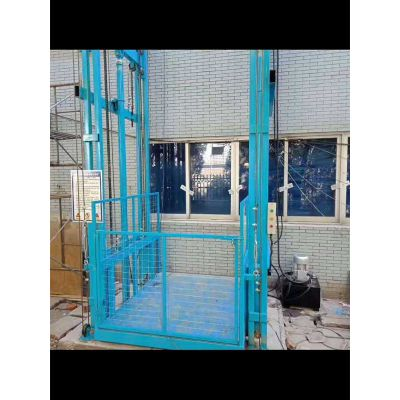 液压导轨式升降货梯安装-鑫峰液压厂家直销