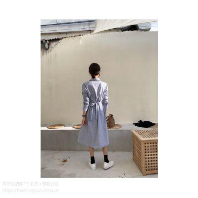 羽纱国际服装尾货批发哪里 黄惠玲女装折扣批发尾货白色衬衫