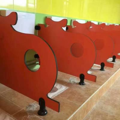 珠海卡通档板是幼儿园厕所隔断的特点