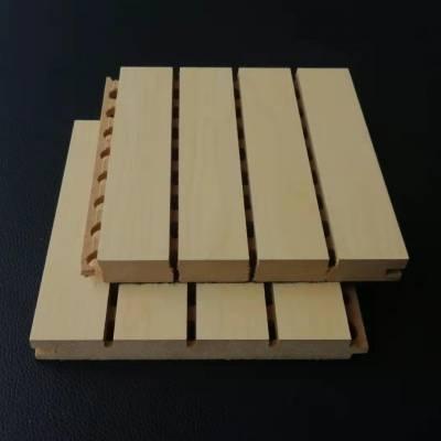 专业定制演播厅广播厅墙面环保防火松木木质吸音板