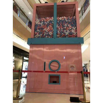 互动装置网红大型扭蛋机哪里买 山东蓝洞厂家