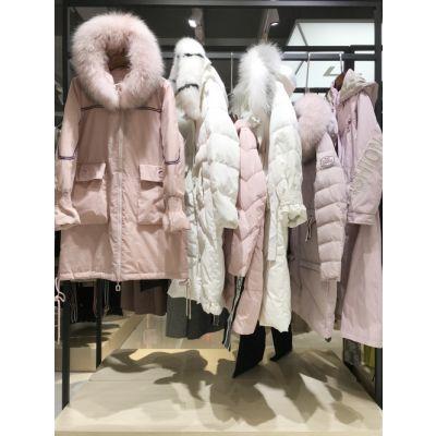 广州健凡供应诺羽萱羽绒服品牌折扣女装专柜货源