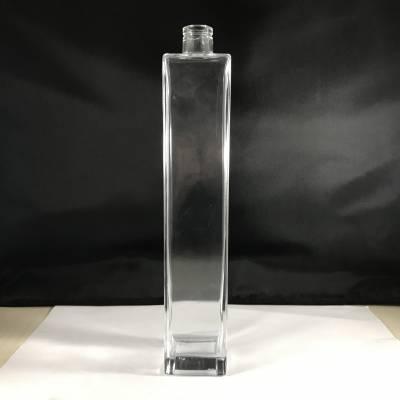 现货供应晶质料750ml方形玻璃洋酒瓶