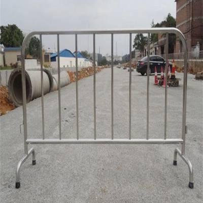博爱 不锈钢铁马护栏的用途与作用? 临边围栏 铁马栅栏安装标准流程是什么?